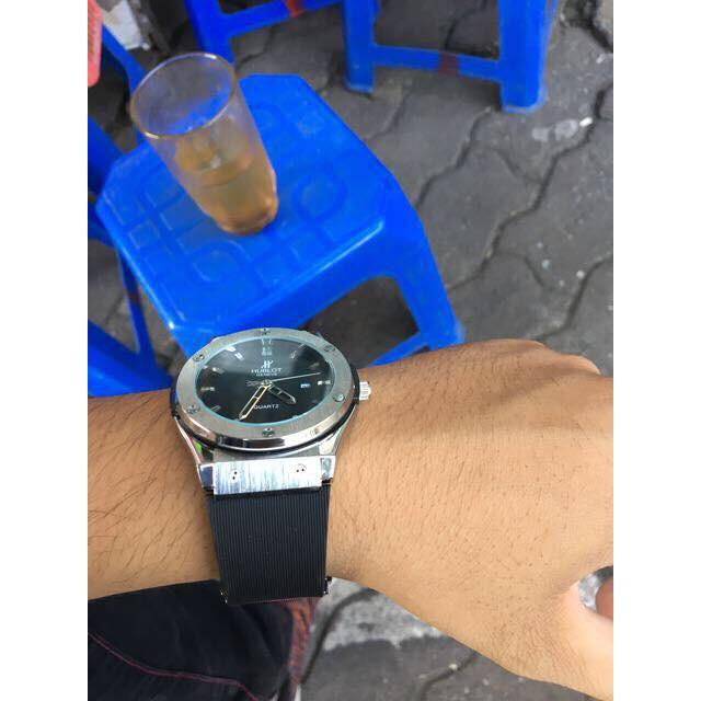 Đồng hồ nam hublot viền trơn HB88663 mạnh mẽ nam tính