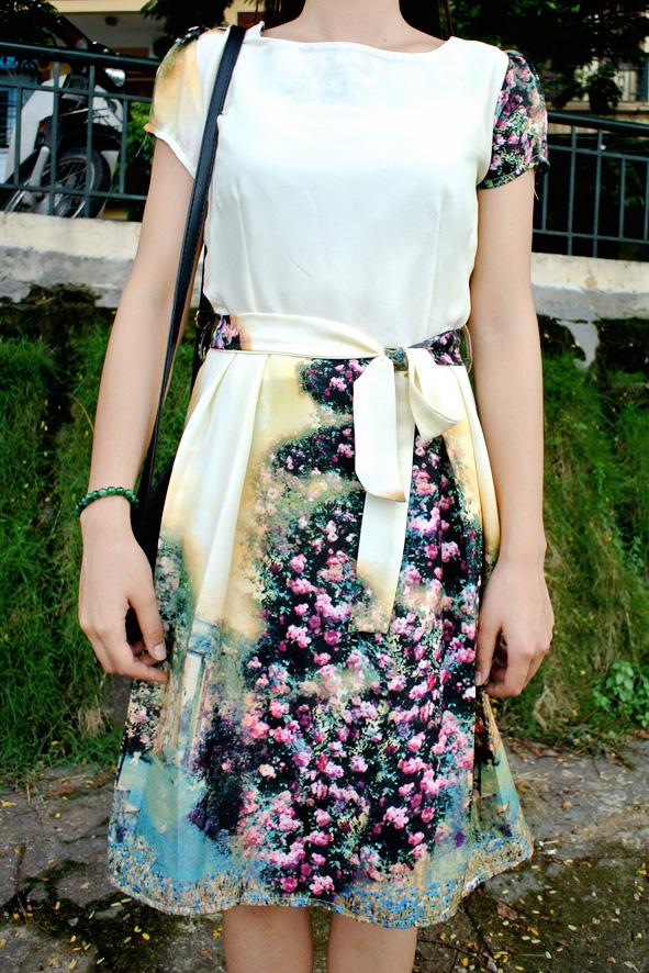Váy suông họa tiết thắt nơ eo dáng xòe